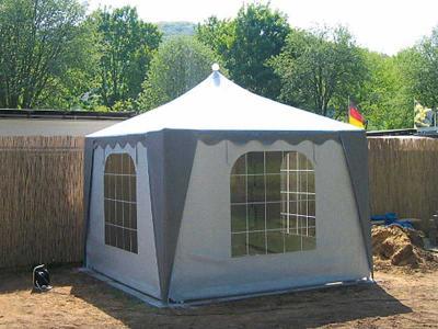 Schall Pavillon | grau-weiß